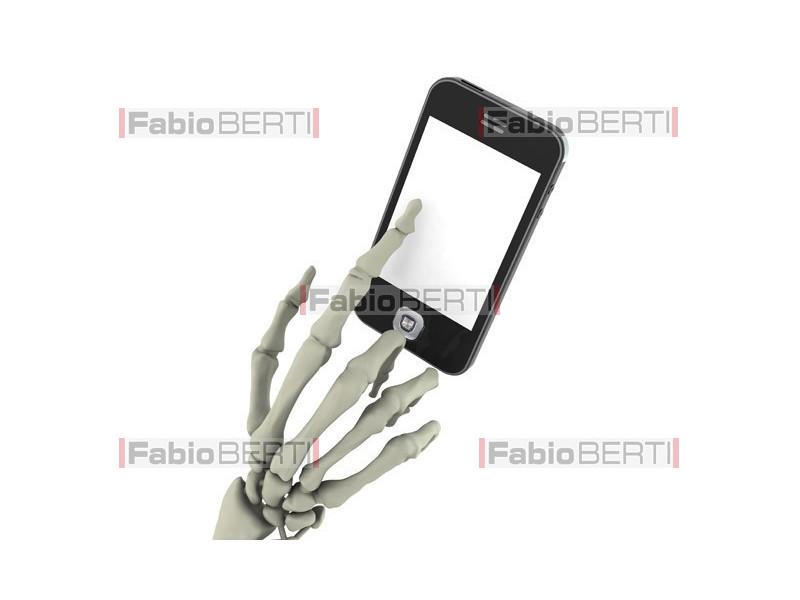 mano scheletrica smartphone