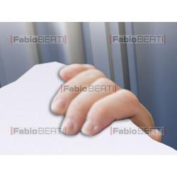 Italia buco e mani