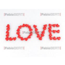 scritta love con cuori