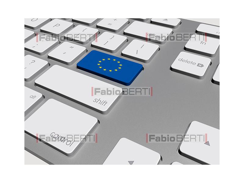keyboard with Euro flag