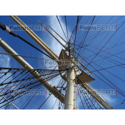 mast of the ship